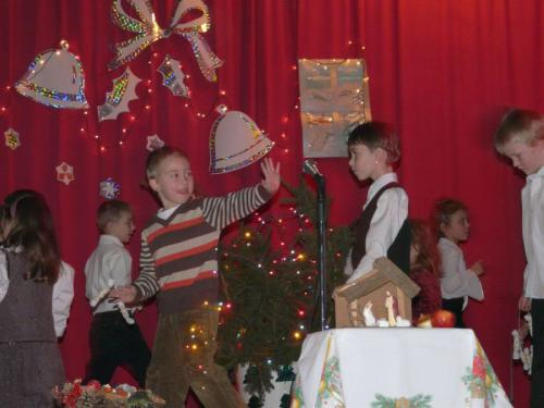 Karácsonyi ünnepség és Betlehem készítés 2010