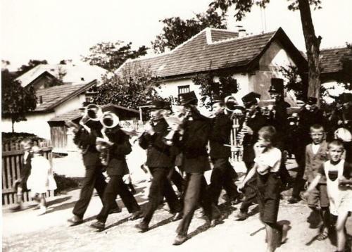 Banyasz-zenekar-1940-es-evek