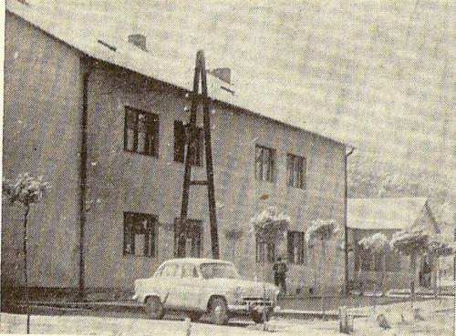 Uj-munkasszallo-1961