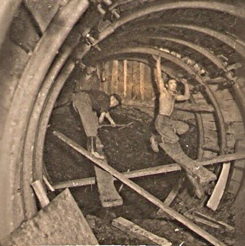 Vagathajtas-biztositasa-TH-gyuruvel-1953-korull
